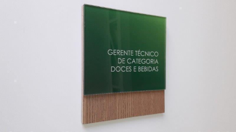 5c59a0d4b Placas de comunicação visual interna - Perfect Vision